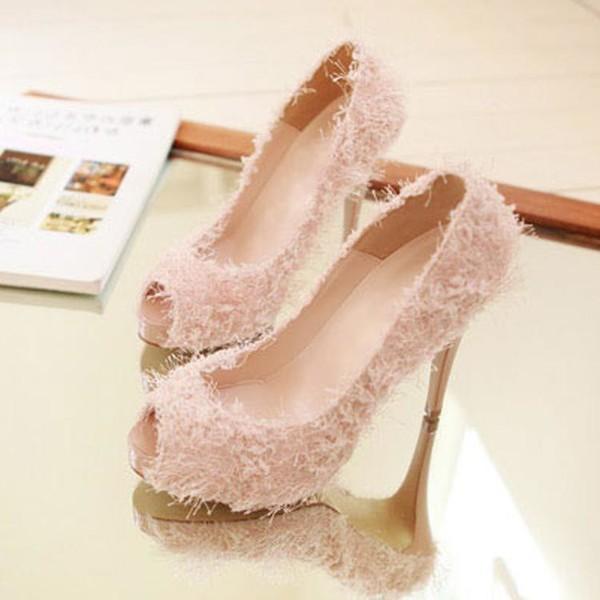女人鞋子穿不对 染上五种脚部疾病