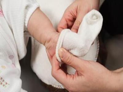 冬季给宝宝穿衣服有技巧