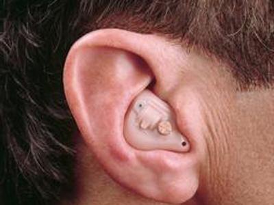 这是因为噪音会导致耳朵内部的血管处于不良的状态之