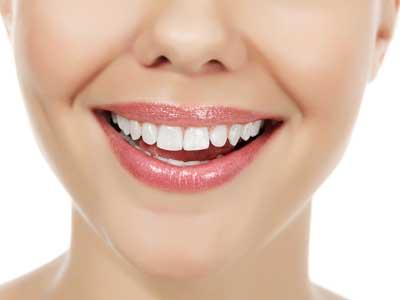 嘴唇干裂的最好处理方式是什么