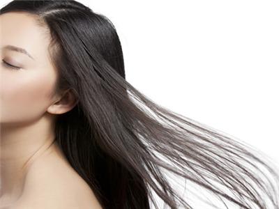 因此,接头发会是她们要做的美发护发方法,可是,接头发需要注意些什么图片