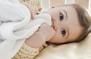 宝宝为什么经常呕奶