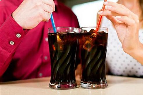 有资料表明,偏爱饮用碳酸饮料的儿童有60%因缺钙影响正常发育,特别是