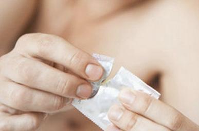 91自拍做爱片_做爱时用哪些避孕套比较好