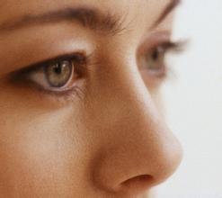 做鼻小柱延长手术有哪些优势