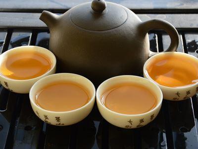 男人品茶需要避开三个时间