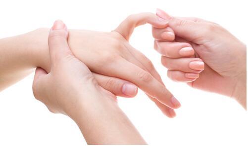 手癣都有哪些发病因素呢