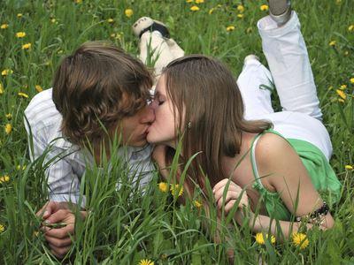 女人愿望这样的热吻你知道吗?