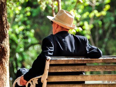 人到老年心理会产生五个变化