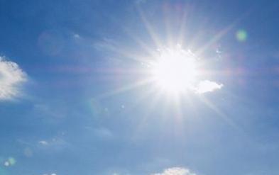夏天怎么晒太阳 夏天晒太阳方式