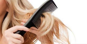 油性头发用何洗水发 油性头发简单护理方式图片