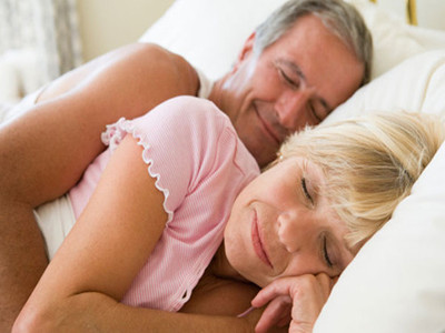 老年人睡觉时间过长容易生病