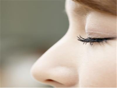 鼻部整形手术中隆鼻手术有哪些种