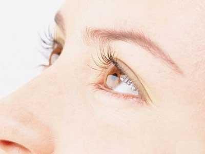 双眼皮手术的危害大吗图片