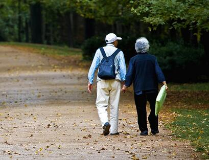 老人脑血栓前的症状有哪些