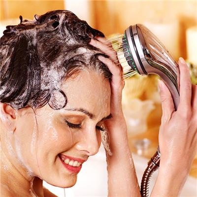 一般来说,如果清宫后患者长期不洗头护理,不仅不利于身体的恢复,还有图片