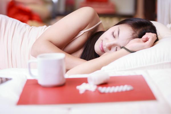 怀孕 孕中期 保健  女性在怀孕后,身体出现了很大的变化,其中睡姿就与