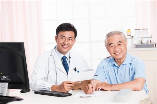 老年人必须有朋友陪伴,大脑才会老的慢的