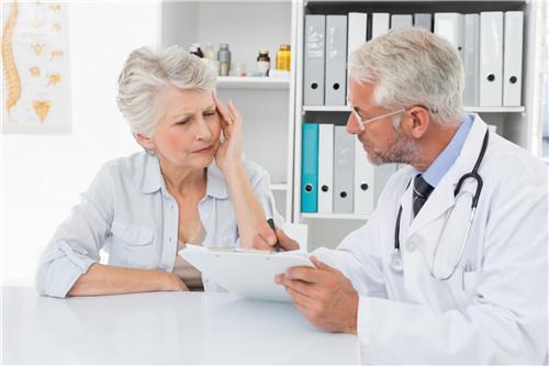 老年人怎么样减少腹胀呢?