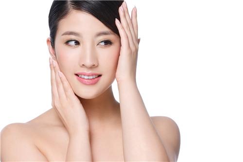 女人怎麼樣能夠快速的美白肌膚