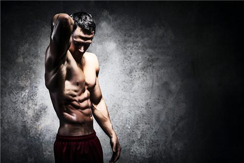 哪些运动可锻炼男人身体肌肉