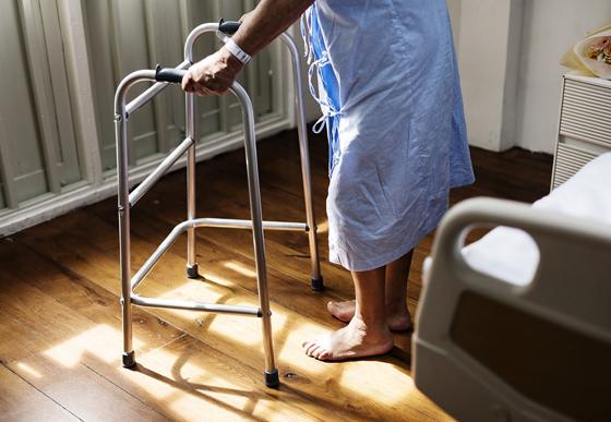 老年人便秘怎么办?四种运动改善便秘状况