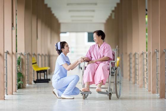 老年人如何预防关节炎 5种方法能降低关节炎发病率