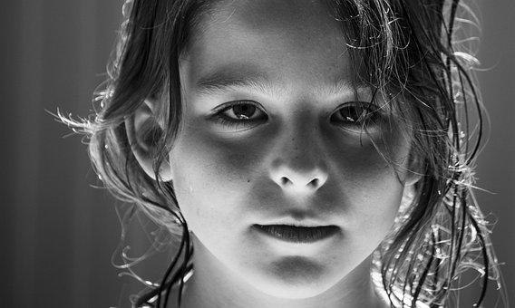 开眼角如何避免疤痕产生?