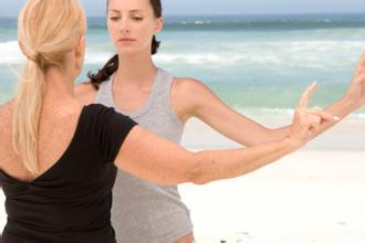 警惕!胸小的女人更易患乳腺增生