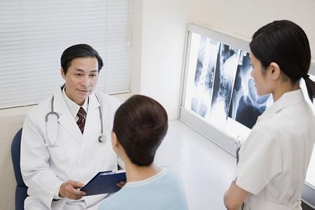 胃癌呈年轻化趋势 如何远离胃癌