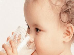 宝宝吃奶粉 注意7大禁忌