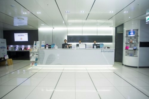 韩国瓷肌整形医院大厅